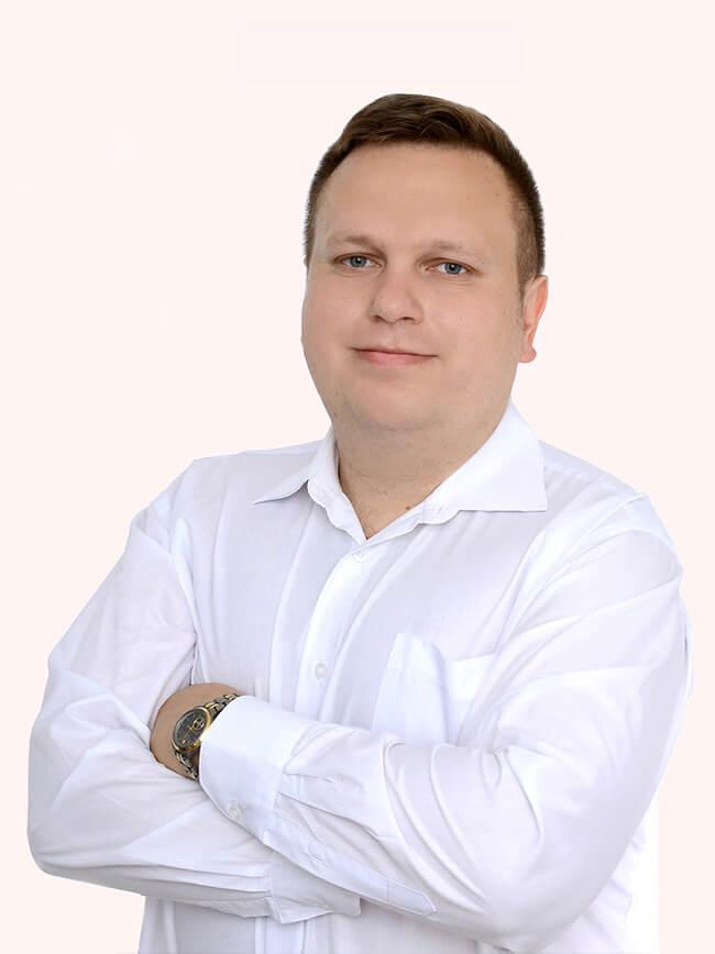 викладач Школи Креатив Микола Стравняк